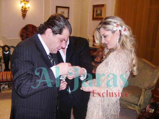 أيمن الذهبي وخطيبته السابقة هبة  بزارباشي