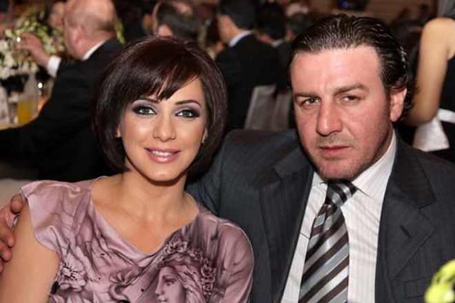 شائعة وفاة وائل رمضان زوج سلاف فواخرجي تثير بلبلة مجلة الجرس