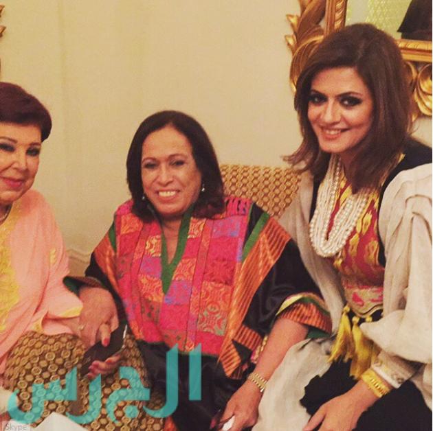 بالصورة رجاء الجداوي مع حياة الفهد وابنتها مجلة الجرس