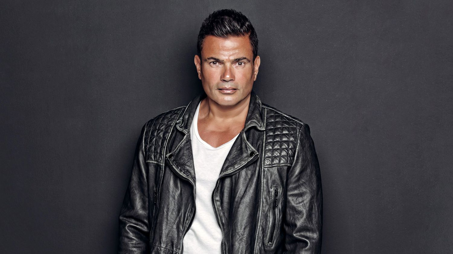 Amr Diab Photos Pictures of Amr Diab Getty Images Amr diab photo gallery