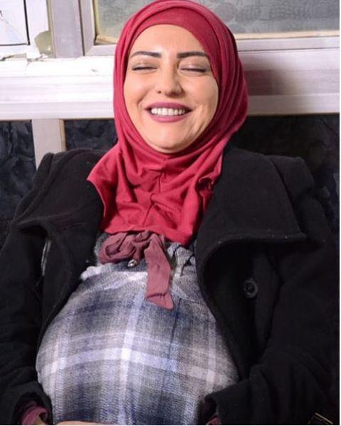 النجمة السورية أمل عرفة