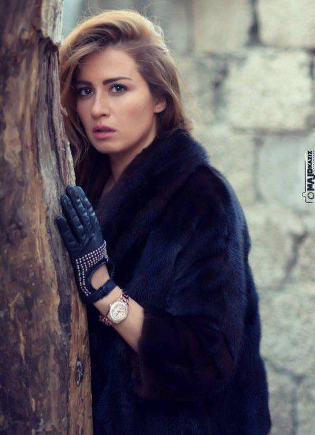 الممثلة السورية ميسون أبو أسعد