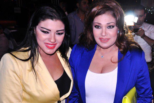فيفي عبده وابنتها الممثلة الشابة عزة مجاهد