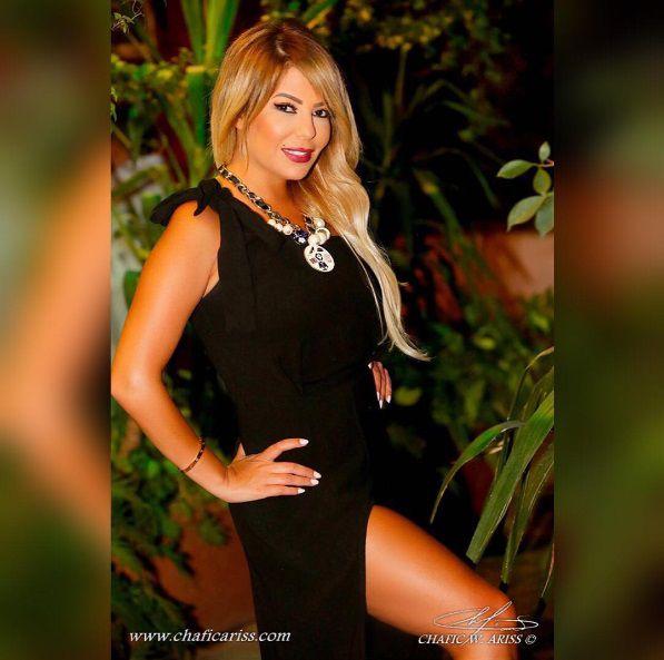 ليليا الأطرش بفستان أسود مفتوح