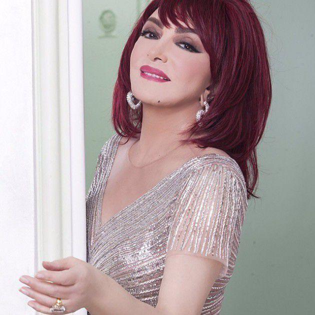 الممثلة المصرية القديرة نبيلة عبيد