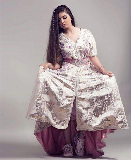 الفنانة البحرينية حلا الترك
