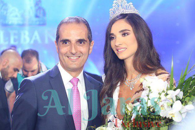 ملكة جمال لبنان ساندي ثابت