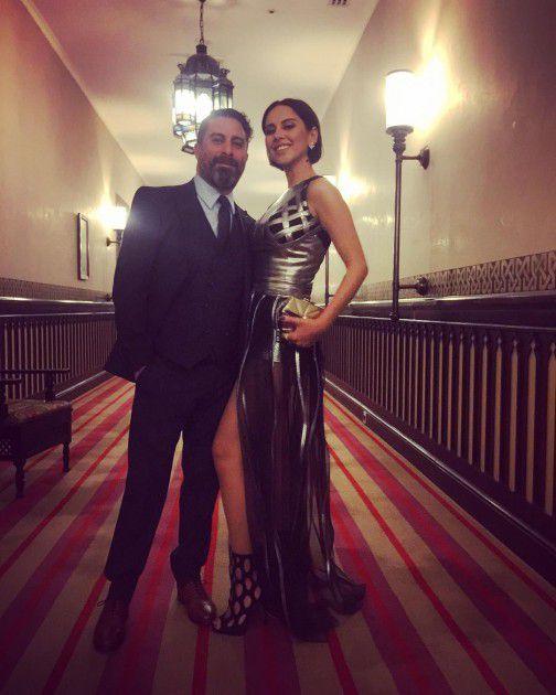 الممثلة المصرية ياسمين رئيس وزوجها المخرج هادي الباجوري في حفل زفاف كندة علوش وعمرو يوسف الثاني