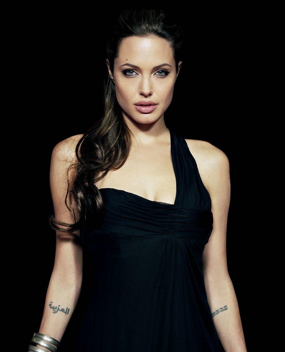 Angelina Jolie انجلينا جولي