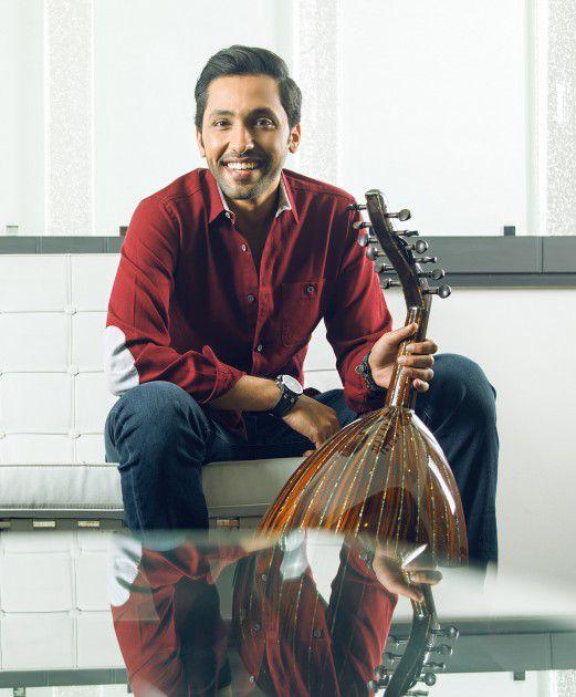فهد الكبيسي يعمل على البومه المقل ويحيي حفلاً جماهرياً في مهرجان قطر للتسوق