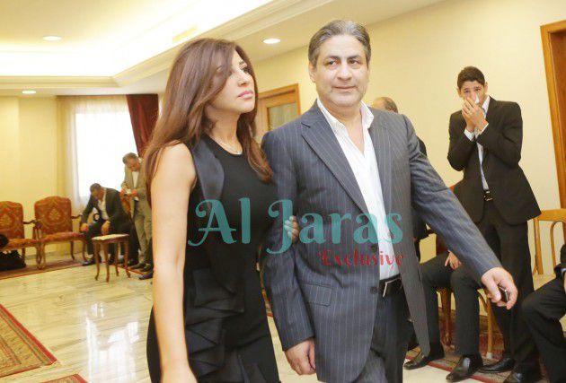النجمة اللبنانية نجوى كرم وشقيقها الراحل نقولا