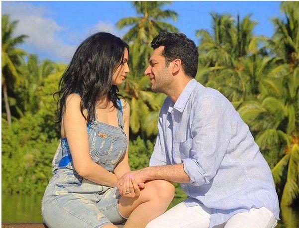 الممثل التركي مراد يلدريم