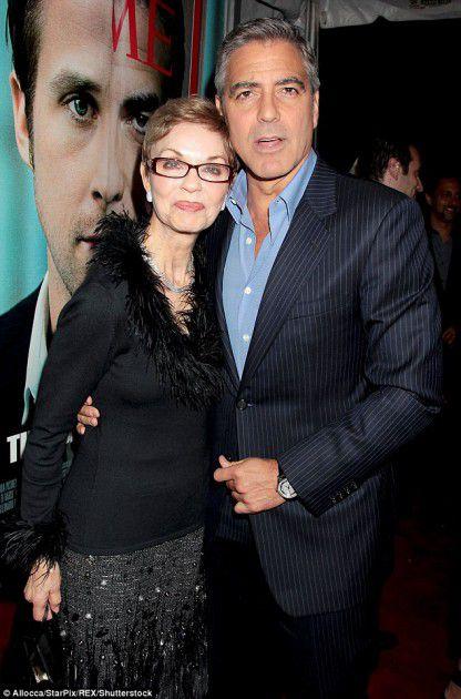 جورج كلوني ووالدته