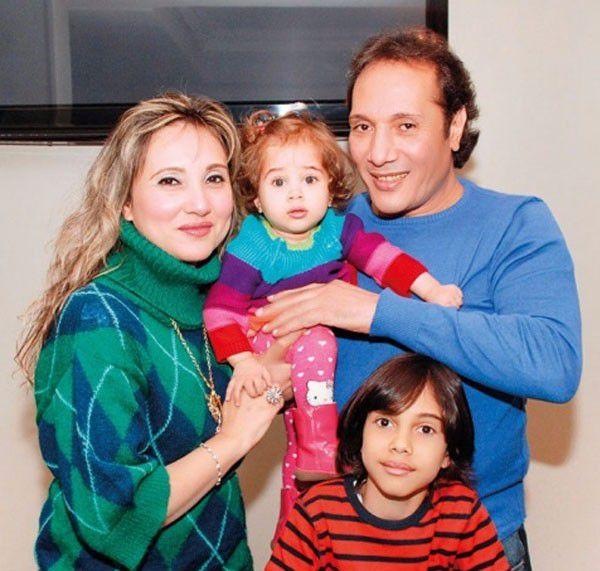 علي الحجار مع زوجته وابنهما بصورة مميزة   مجلة الجرس