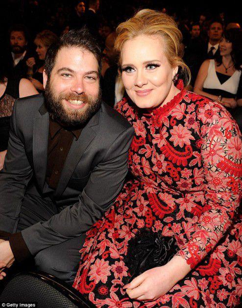 adele  وزوجها