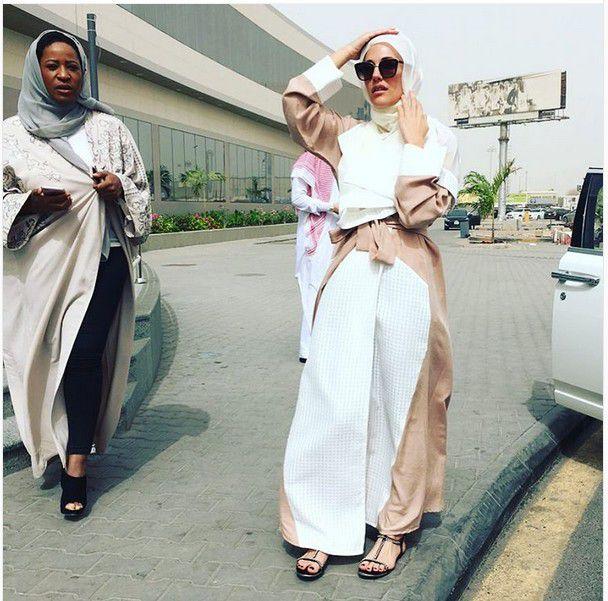 مريم أوزرلي بالحجاب في السعودية