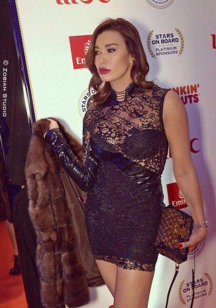 الممثلة اللبنانية نادين الراسي
