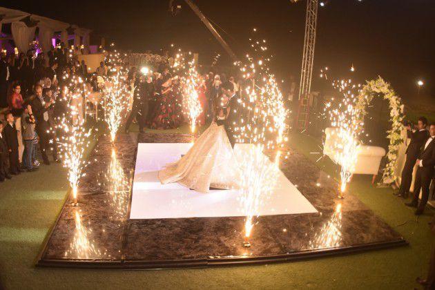 الفنانة المصرية كارمن سليمان تحتفل بزفافها على مصطفى جاد