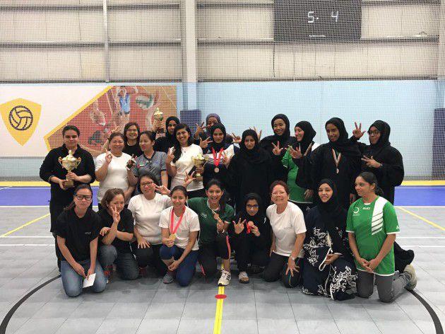 فريق هيئة كهرباء ومياه دبي النسائي للريشة الطائرة يشارك في بطولة ودية مع فريق هيئة الصحة بدبي احتفالا باليوم العالمي للنشاط البدني 2017