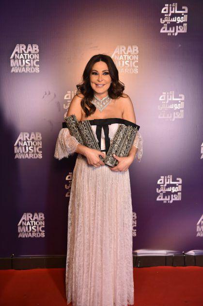 النجمة اللبنانية إليسا حصلت على جوائز نجمة البلد المضيف، أفضل نجمة عربية، أفضل تيتر رمضاني (يا ريت) ونجمة التواصل الاجتماعي.