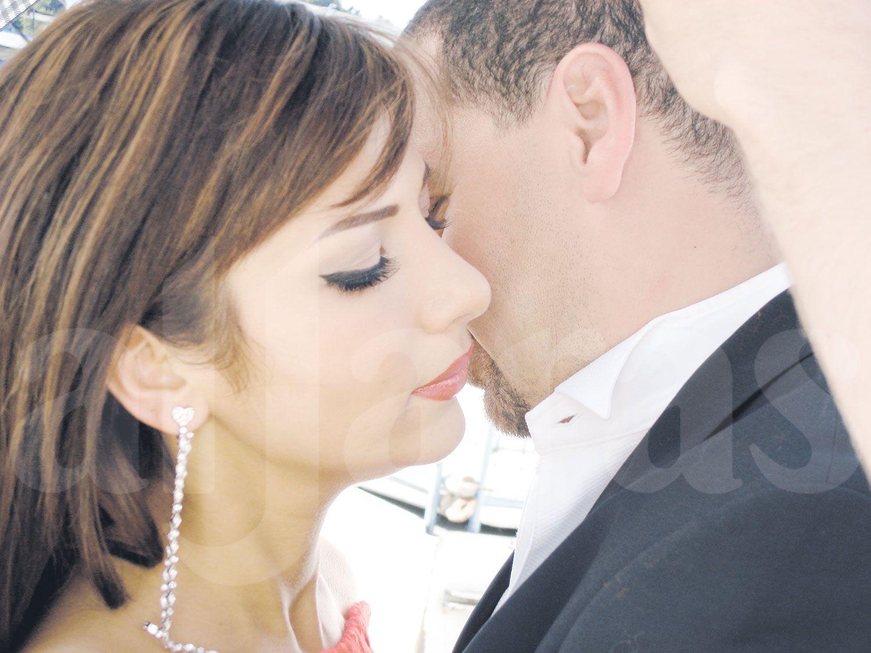 الفنانة السورية أصالة نصري وزوجها المخرج طارق العريان