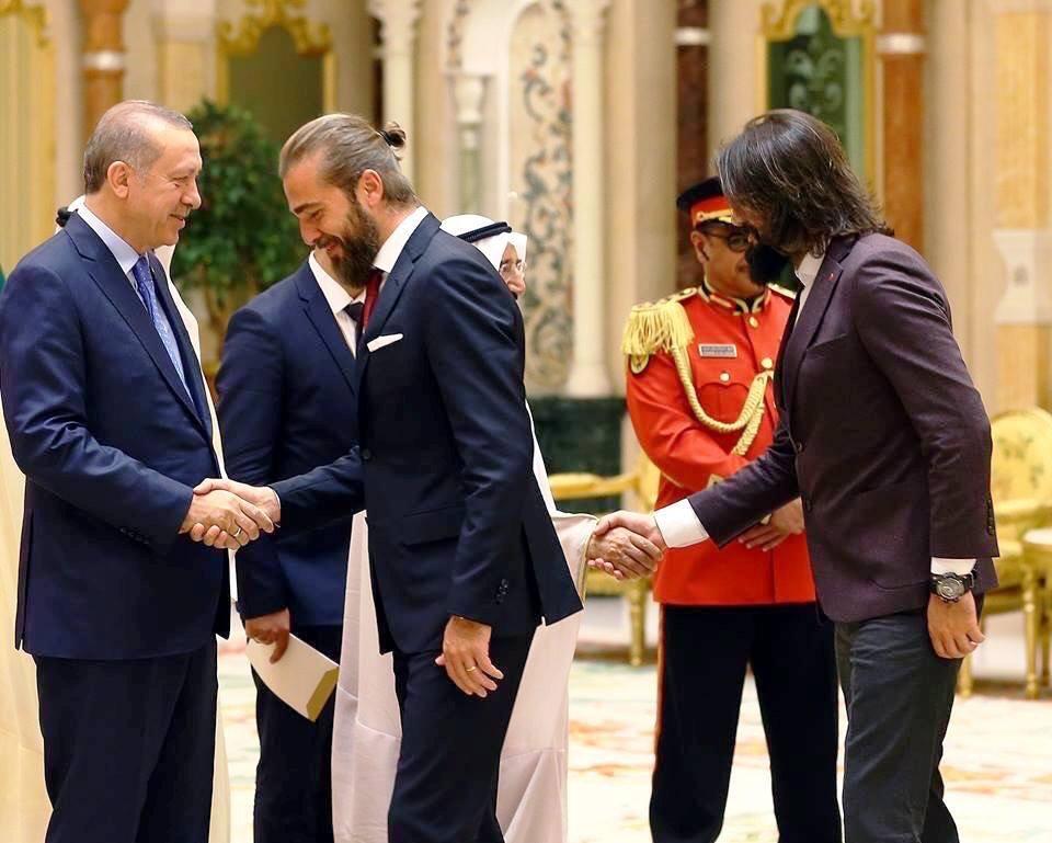 أبطال مسلسل (قيامة أرطغرل) ورجا الطيب أردوغان