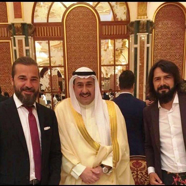 بطلا (قيامة أرطغرل) مع أمير الكويت الشيخ الصباح