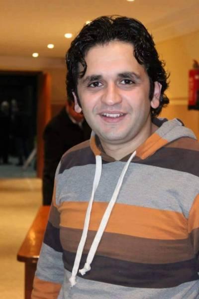 الممثل المصري مصطفى خاطر