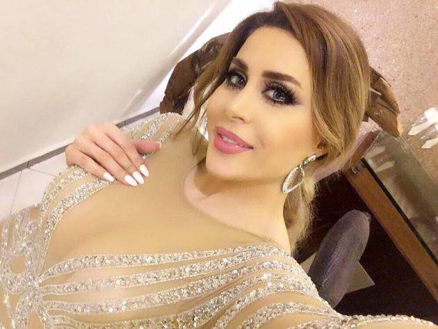 المطربة اللبنانية فيفيان مراد بفستان شفاف