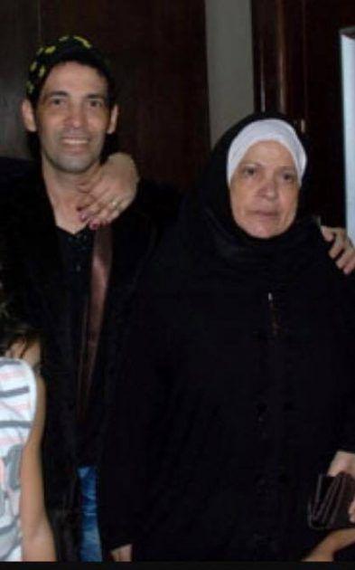 سعد الصغير برفقة والدته الراحلة