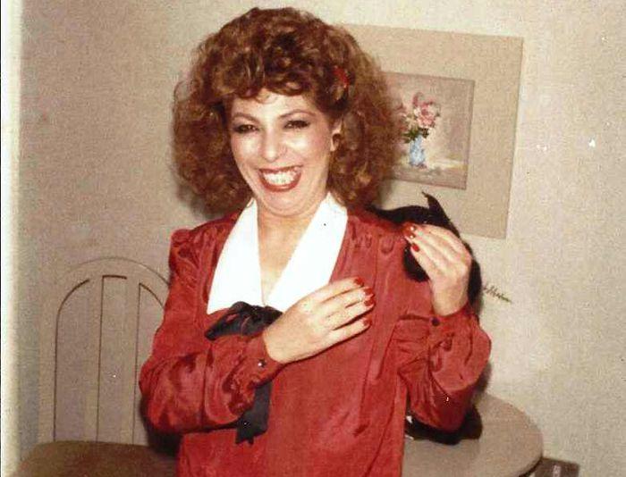الممثلة اللبنانية القديرة الراحلة فريال كريم