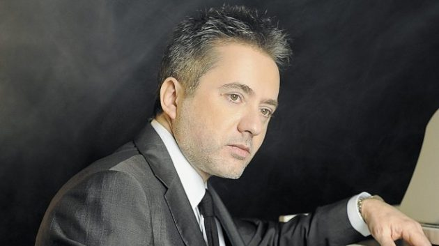النجم اللبناني مروان خوري