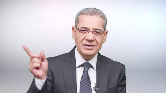 الإعلامي الفلسطيني مصطفى الآغا