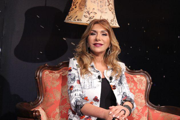 الممثلة اللبنانية هيام أبو شديد