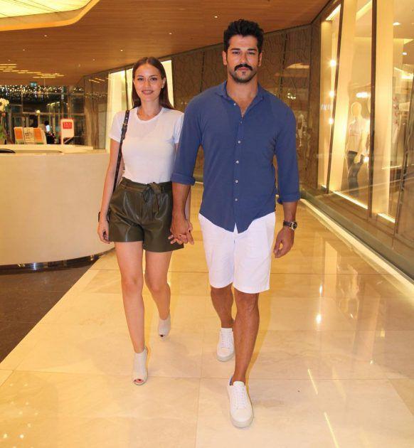 الظهور الأول للنجمة التركية فهرية أفجين وزوجها بوراك أوزجيفيت بعد شهر العسل