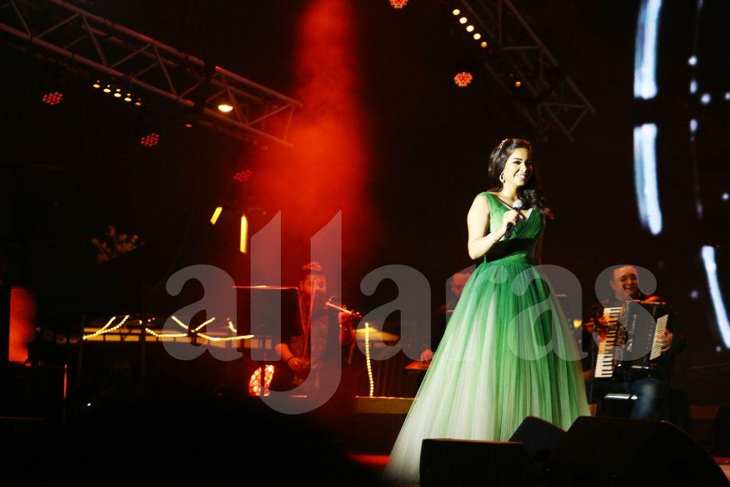 شيرين عبد الوهاب غنّت ورقصت ووزعت فرحاً على جمهورها