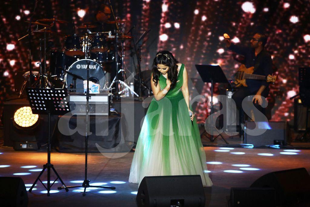 شيرين عبد الوهاب دخلت على تصفيق حار من جهورها والشخصيات المهمة المتواجدة
