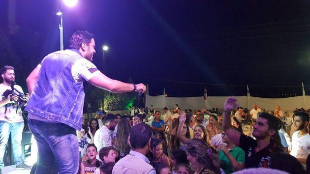 هشام الحاج يغني أجمل أغنياته للجمهور