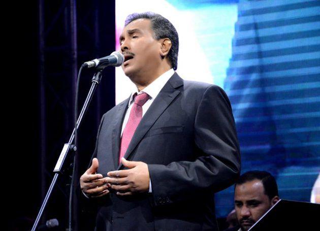 محمد عبده أطرب الحضور بأجمل أغانيه