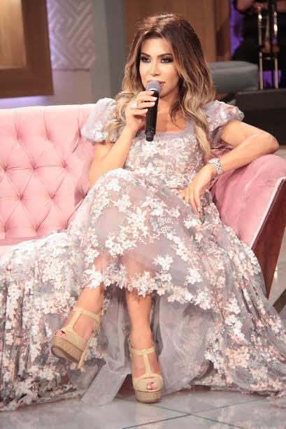 نوال الزغبي تكشف عن كواليس أغنيتها الجديدة (الناس العزاز)