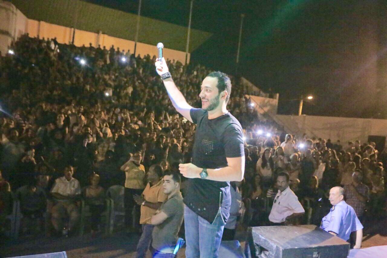 حفلات حسين الديك التي تحوّلت إلى مهرجانات جماهيرية شعبية