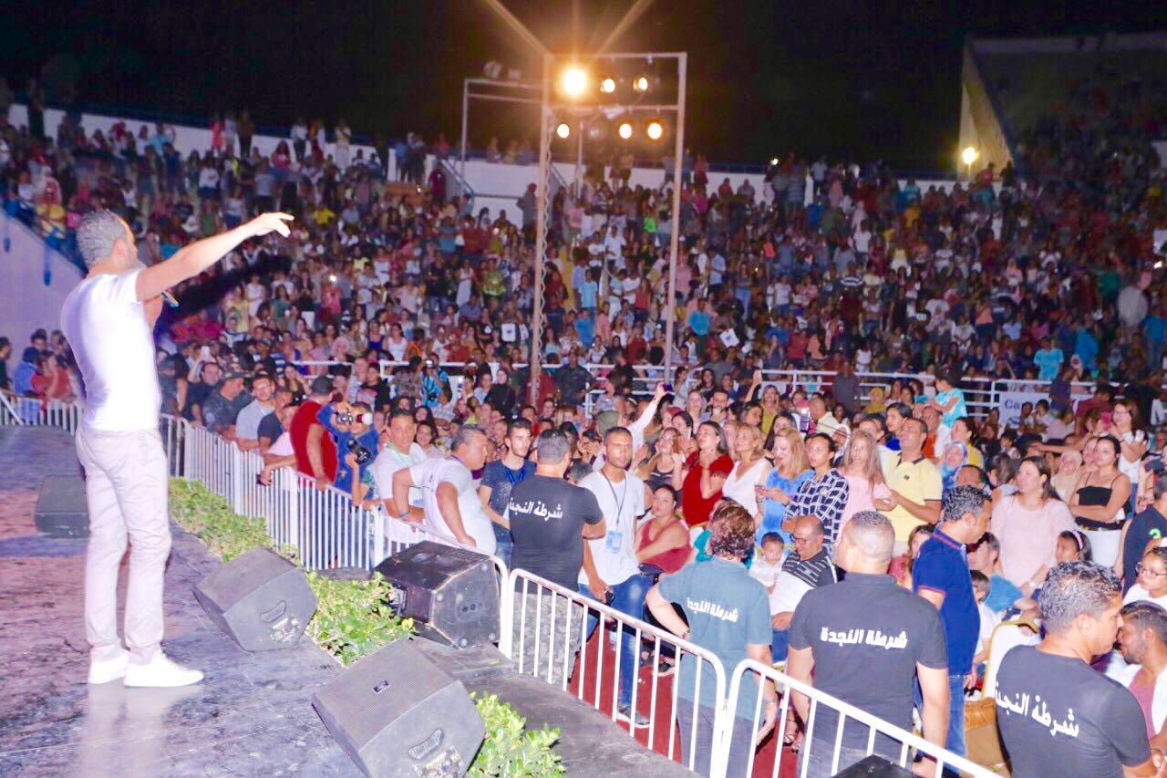 جماهير حسين الديك الكبيرة