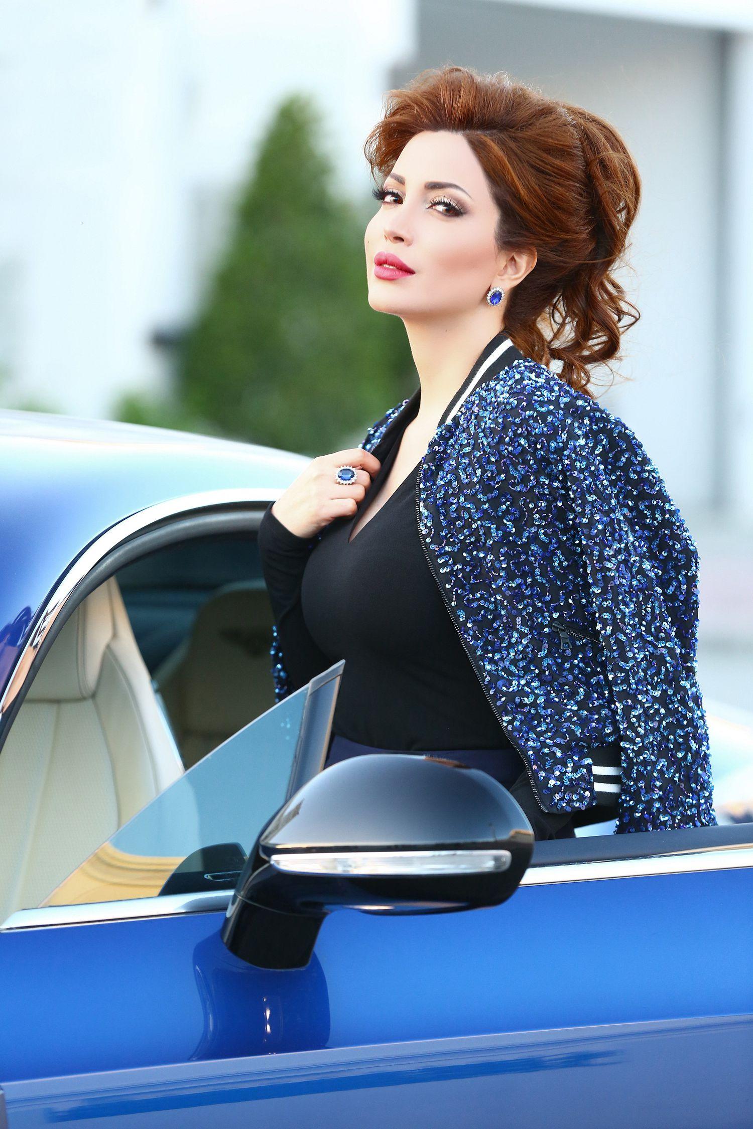 الممثلة السورية نسرين طافش