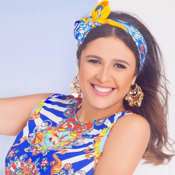 الممثلة المصرية ياسمين عبد العزيز