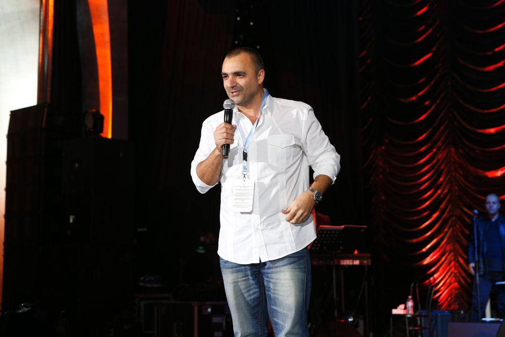 يوسف حرب منتج Stars on board
