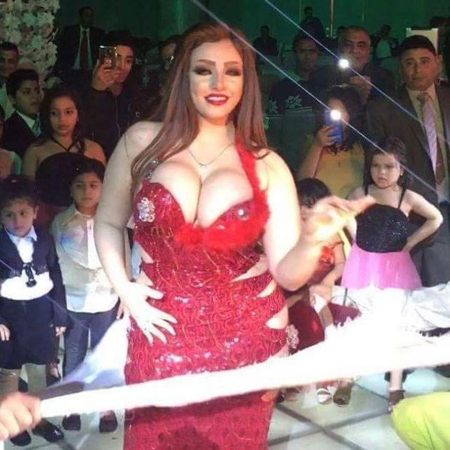 الراقصة المصرية غزل