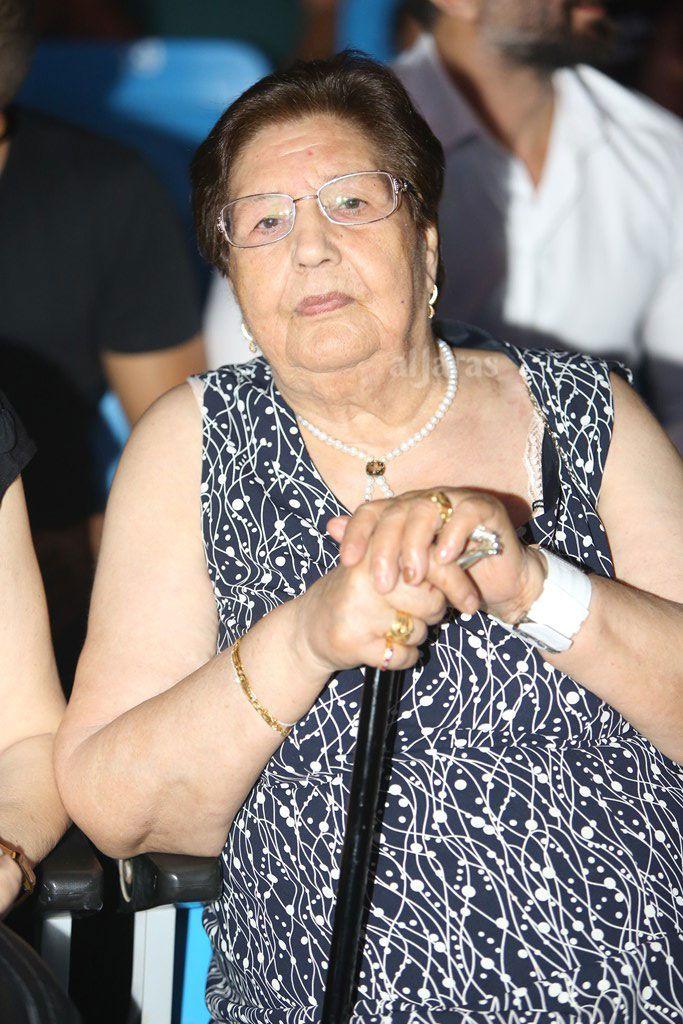 والدة اليسا حضرت الحفل أيضاً