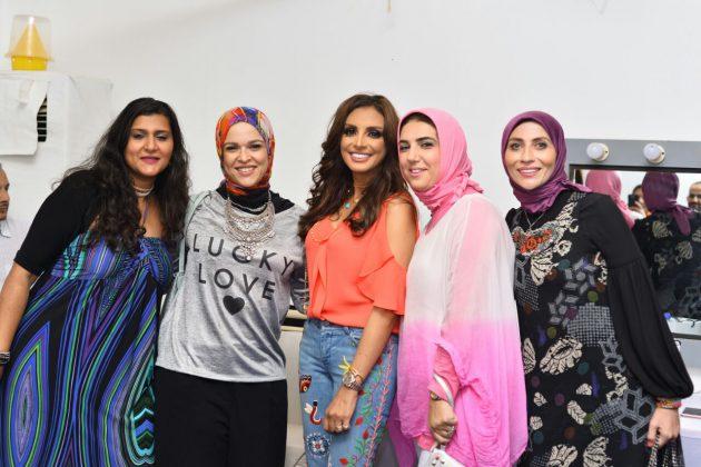 أنغام برفقة جمهورها في الكواليس