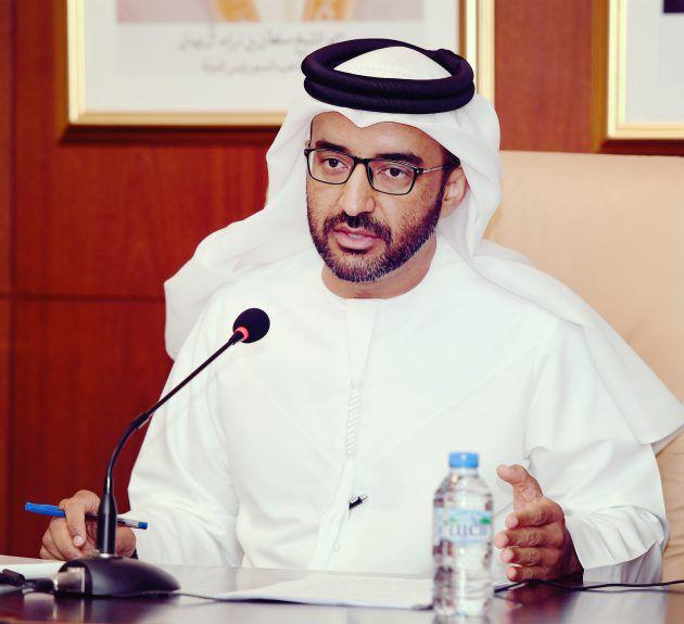 الكاتب والشاعر الإماراتي خالد الظنحاني