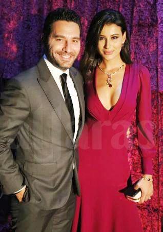 وسام بريدي وزوجته ريم السعيدي بلقطة حميمة بالصورة مجلة الجرس